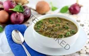 Луковый суп с маринованными опятами
